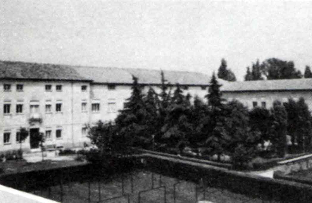 Casa Sacra Famiglia - Ombre e Luci n.15 - 1986