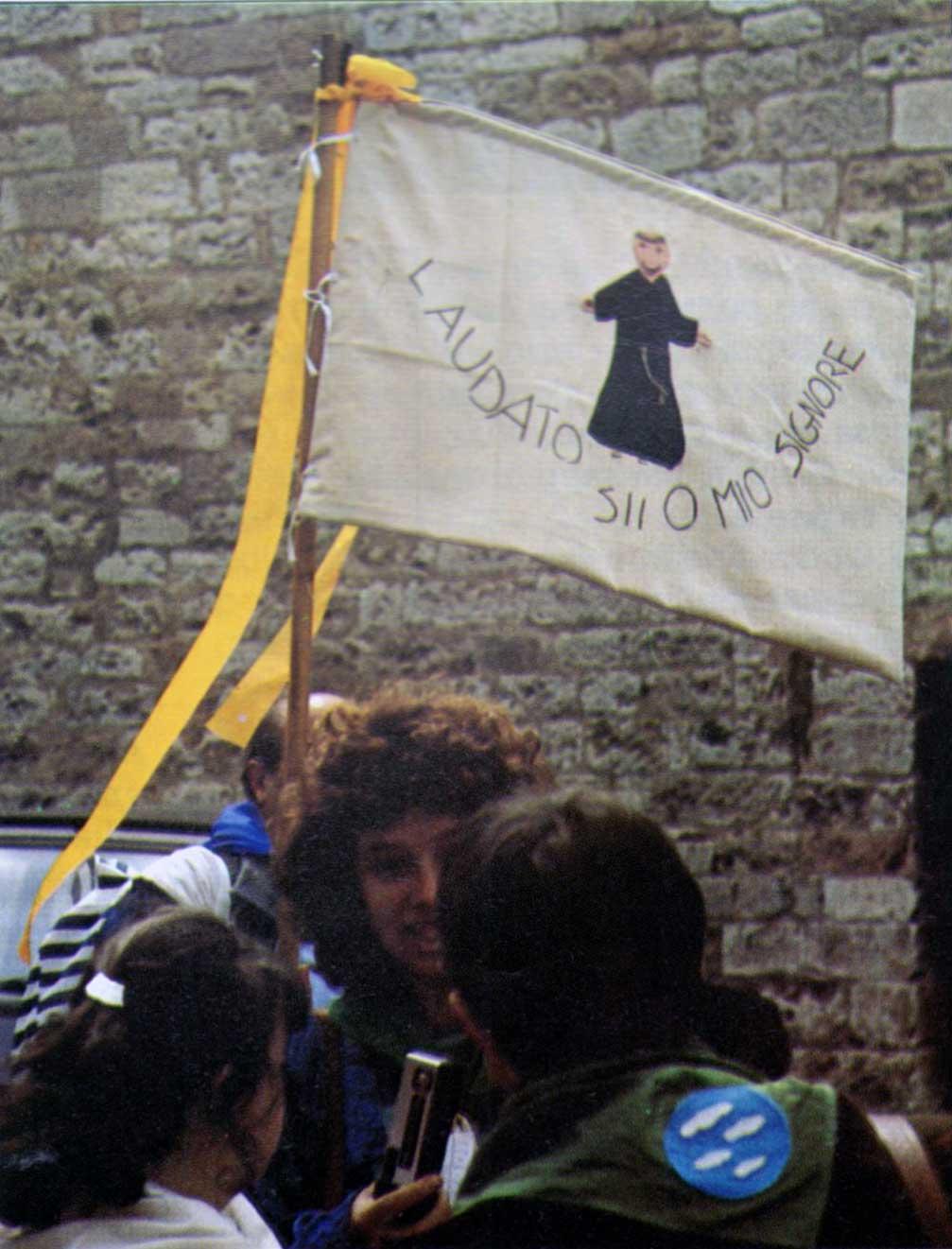 002 - Le foto del pellegrinaggio di Assisi 1986 - 002 - Ombre e Luci n.14, 1986