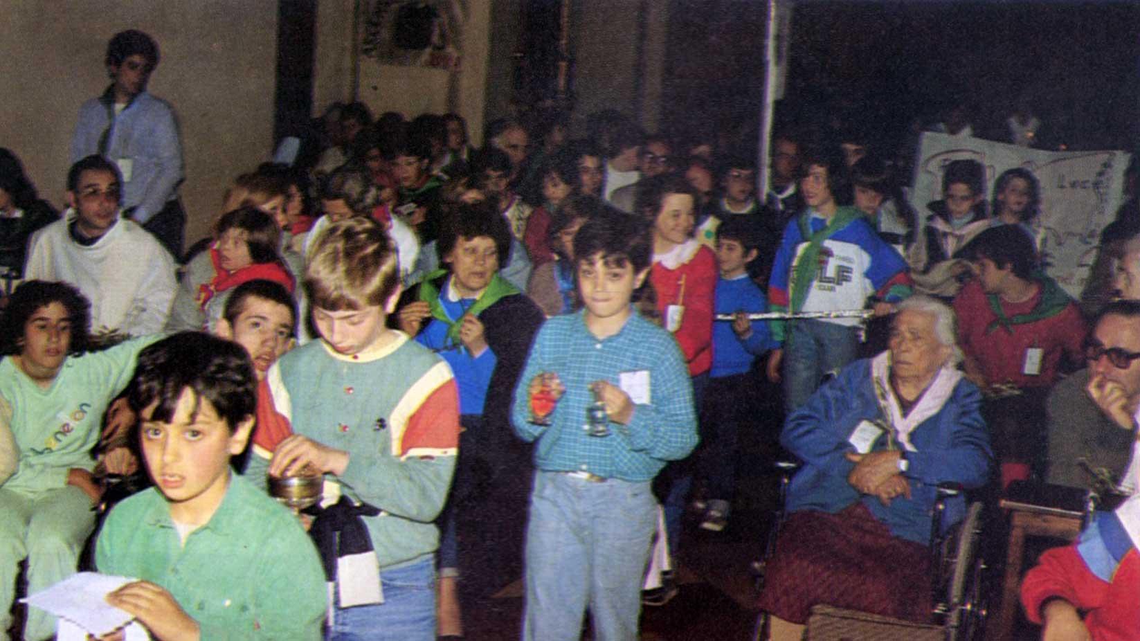 017 - Le foto del pellegrinaggio di Assisi 1986 - Ombre e Luci n.14, 1986