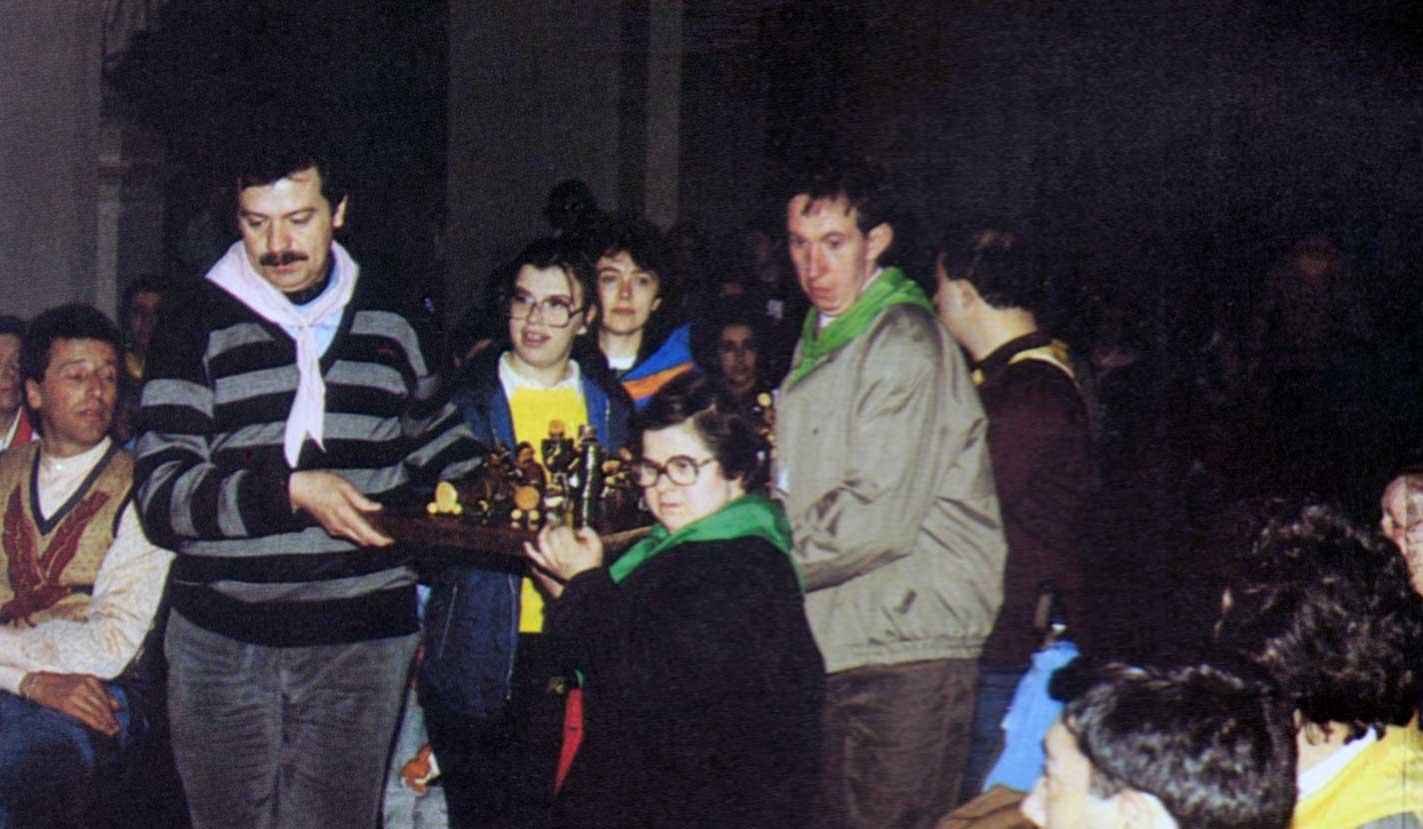 022 - Le foto del pellegrinaggio di Assisi 1986 - Ombre e Luci n.14, 1986