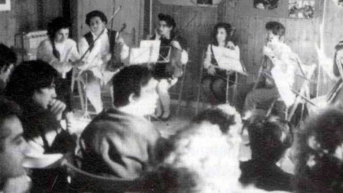 Casa Loïc, le attività: laboratorio musicale - Ombre e Luci n. 45 - 1994