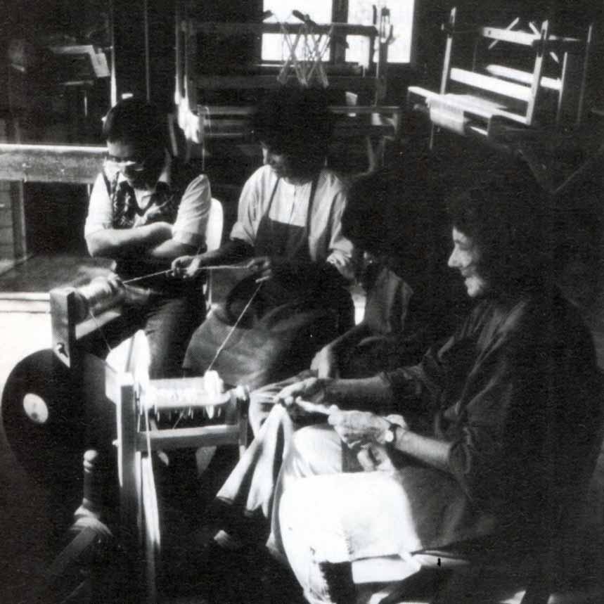Casa Loïc, le attività: la tessitura - Ombre e Luci n. 45 - 1994