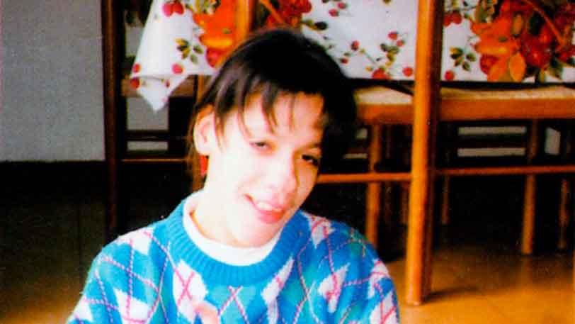 LUCIA, con grande pazienza e perseveranza, sorretta da chi le è vicino, ha imparato a fare le scale e belle passeggiate - Ombre e Luci n. 64 - 1998