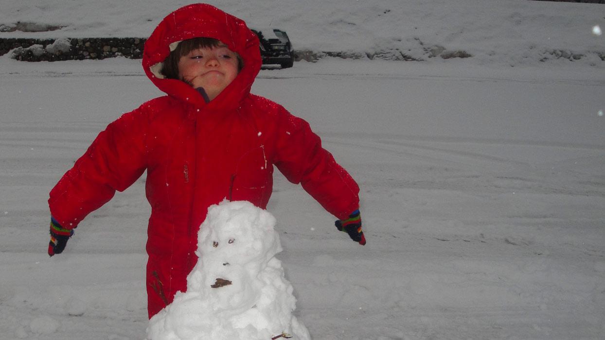 Benedetta e il pupazzo di neve