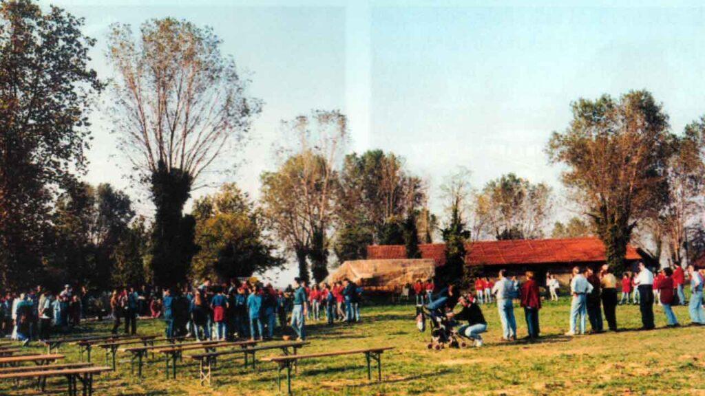 Una festa al Centro Don Milani - Ombre e Luci n. 76 - 2001