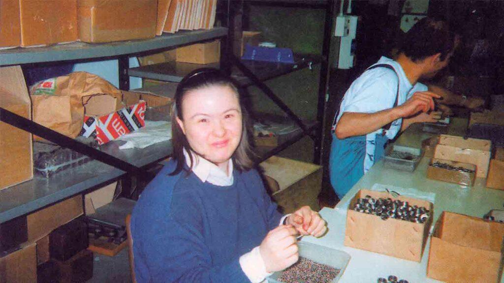 Cooperativa Spazio aperto  - Ombre e Luci n.74 - 2001