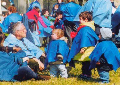 1° posto - Barbara Sciacia - I più piccoli a Lourdes - Fotoconcorso - Ombre e Luci n.75 - 2002