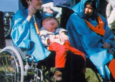 6° posto - Marta De Rino - I più piccoli a Lourdes - Fotoconcorso - Ombre e Luci n.75 - 2002