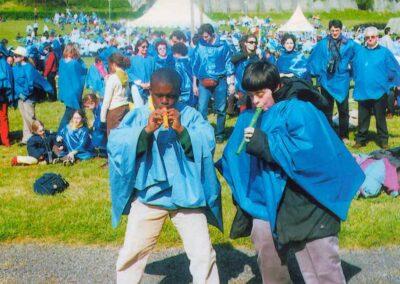 6° posto - Vito Palmisano - I più piccoli a Lourdes - Fotoconcorso - Ombre e Luci n.75 - 2002