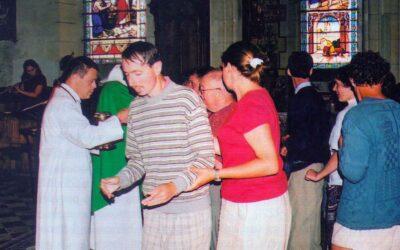 """Il Kinnor – un coro di disabili mentali e """"normali"""" anima le messe domenicali"""
